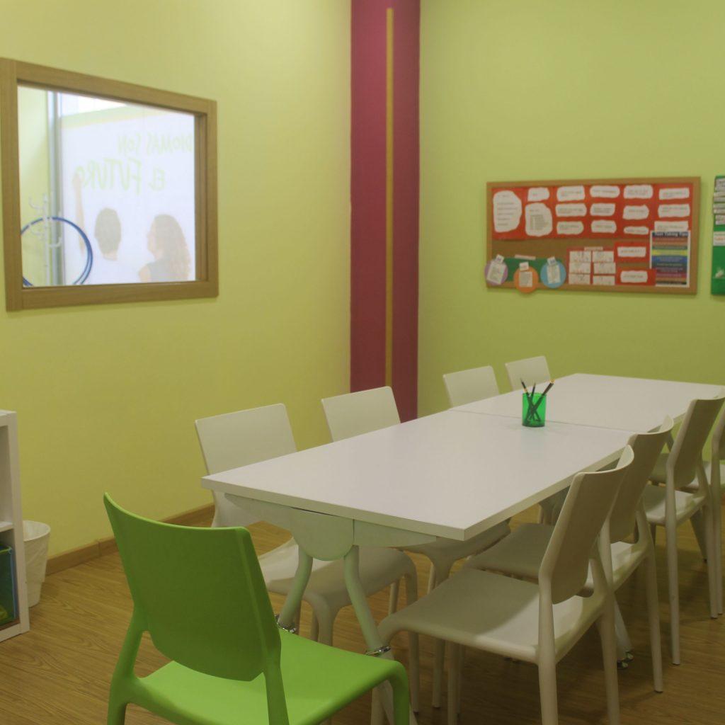 Aula en el centro de Bertamiráns de A casa das linguas